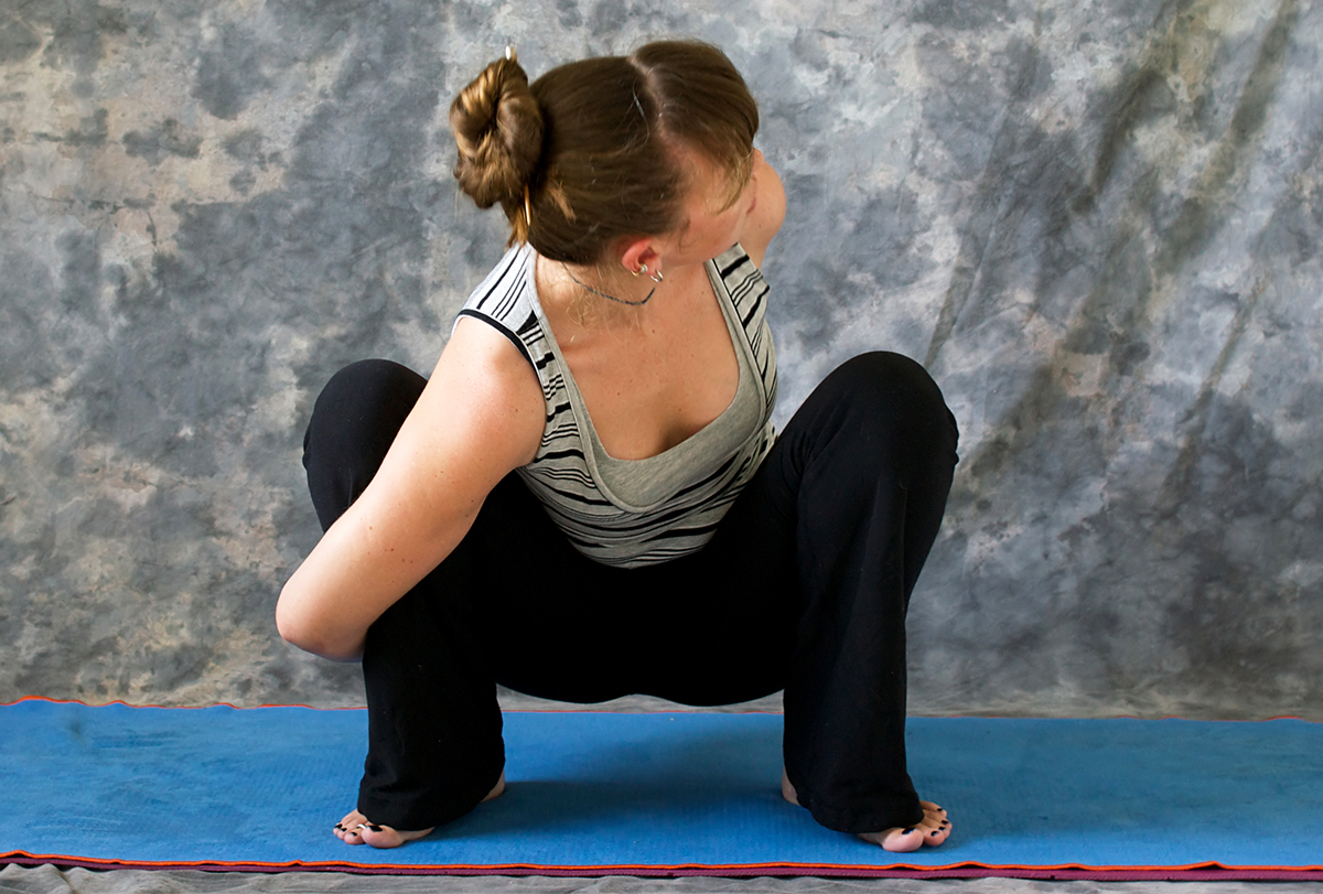 yoga poses for climbers