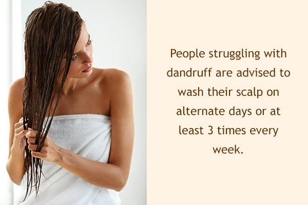 hair washing tips to manage dandruff