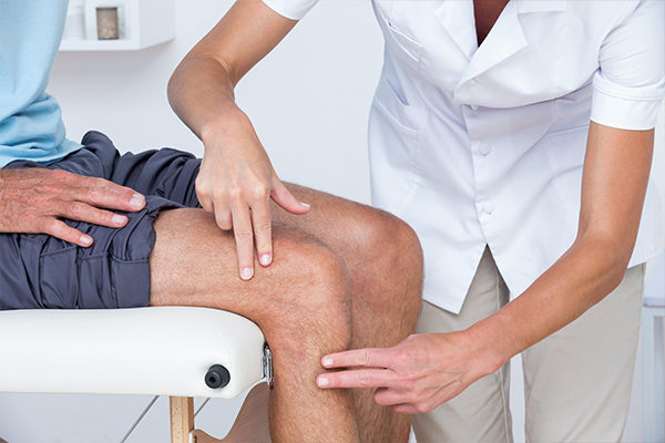 medical treatment options for knee pain