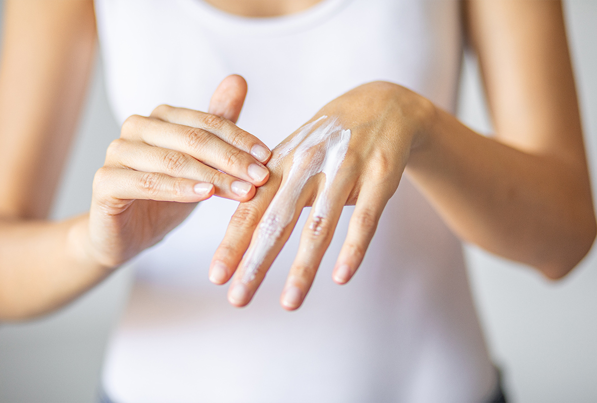 at-home remedies to treat minor burns