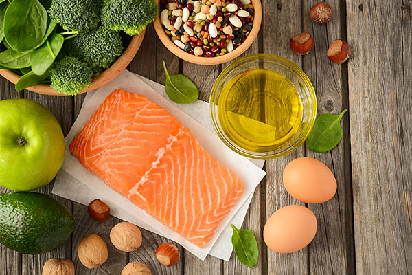 can any particular diet help prevent skin aging?