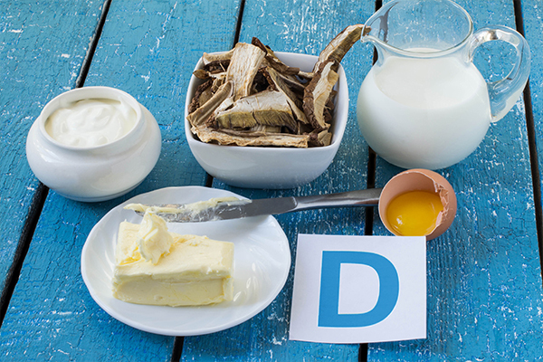 consume vitamin D rich foods to prevent symptoms of knee pain