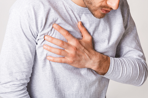 causes of chest pain after smoking
