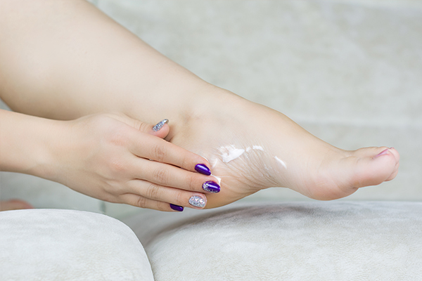 medical treatment for itchy feet