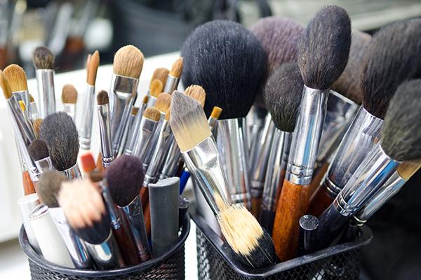 not washing makeup brushes can cause various skin problems
