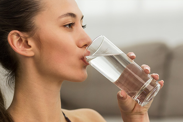 stay hydrated at all times to manage and prevent copd