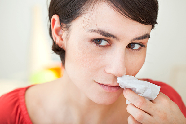 experts advice on dealing with nosebleeds