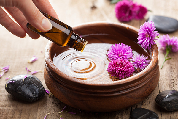 aromatherapy is an effective alternative therapy for pms