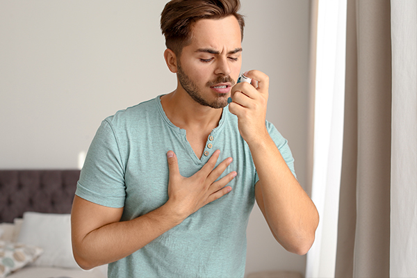 risk factors associated with asthma attacks