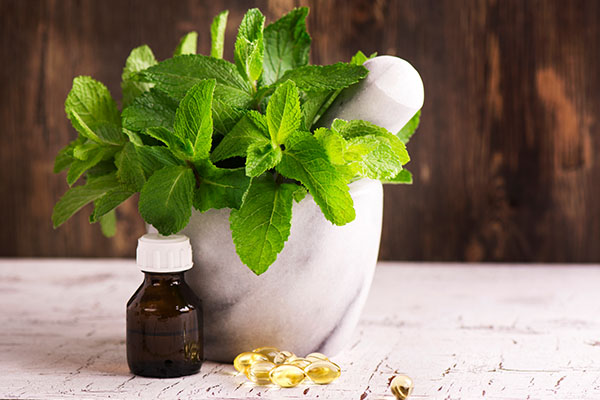 peppermint oil can help soothe a strep throat