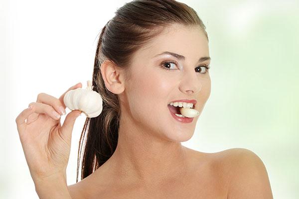 increasing garlic consumption can help combat vaginal infections