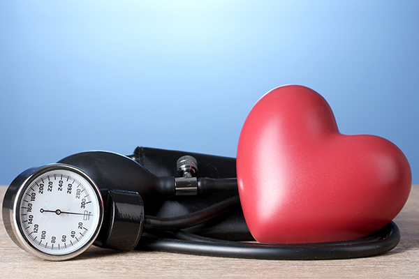 complications associated with low blood pressure