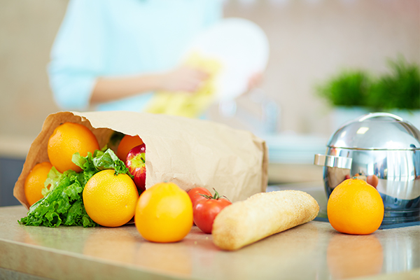 eat fresh fruits and veggies