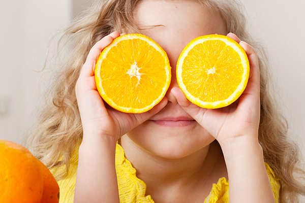 is it safe to consume oranges for all people?