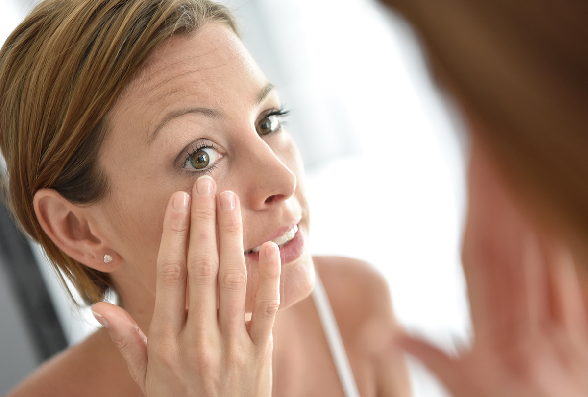 common signs of skin aging