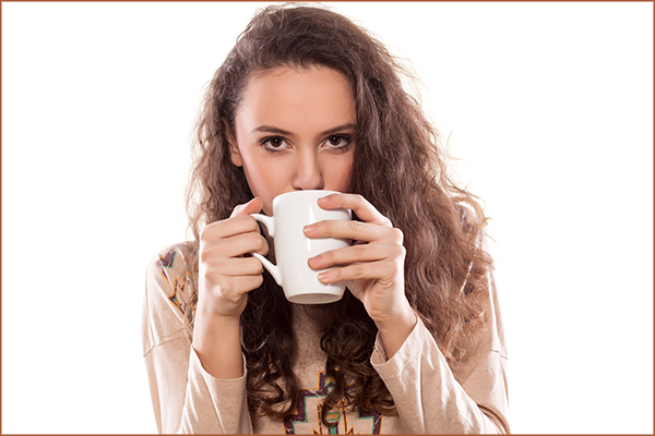 consuming caffeinated drinks can help with asthma