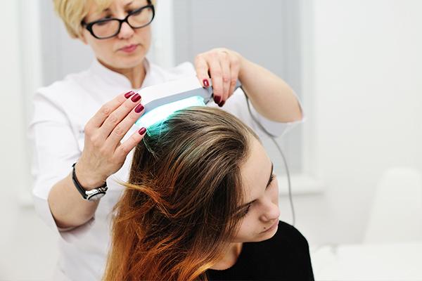 Diagnosing the cause of hair loss