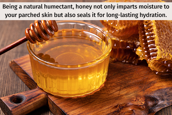 honey can help exfoliate your skin