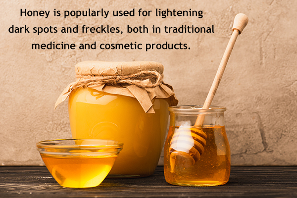 honey can be used for lightening dark spots and freckles