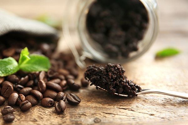 a coffee mask can be used to help manage wrinkles on skin