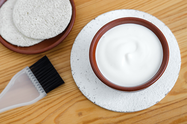 yogurt helps condition your hair
