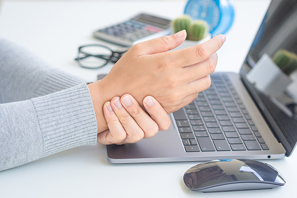 general queries about nerve damage in the hands