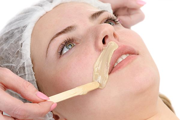 benefits of the egg-cornstarch mask