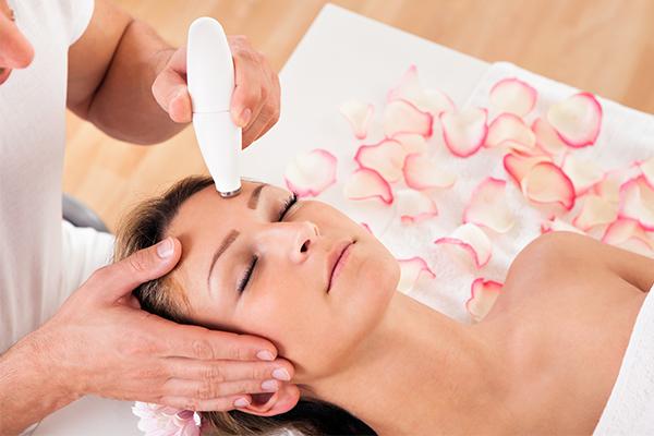 dermatological procedures to fade hyperpigmentation