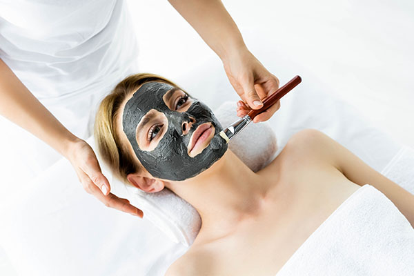 proper usage of bentonite clay face mask