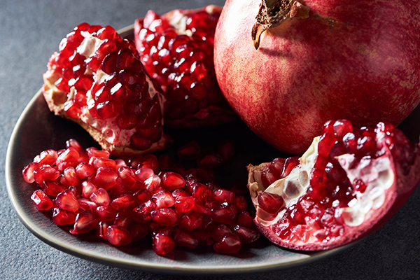 useful tips for selection and storage of pomegranates
