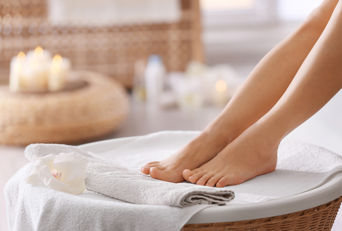 know the correct way to clean your feet