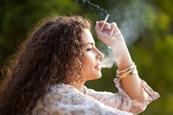 avoid smoking to prevent clogged skin pores