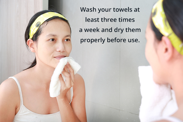 using dirty towels can cause clogged pores