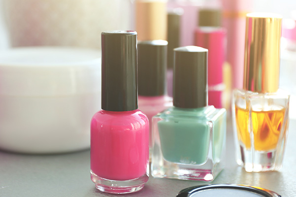 wisely choose your nail products
