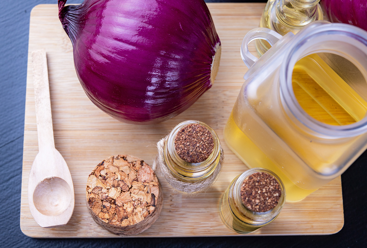 onion juice and coconut oil for hair