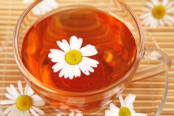 does chamomile tea contain caffeine?