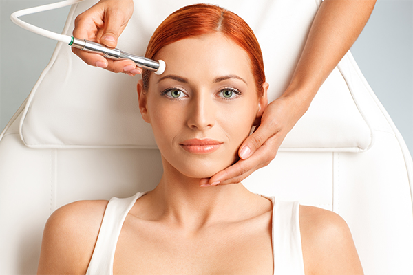 therapies to treat tanned skin