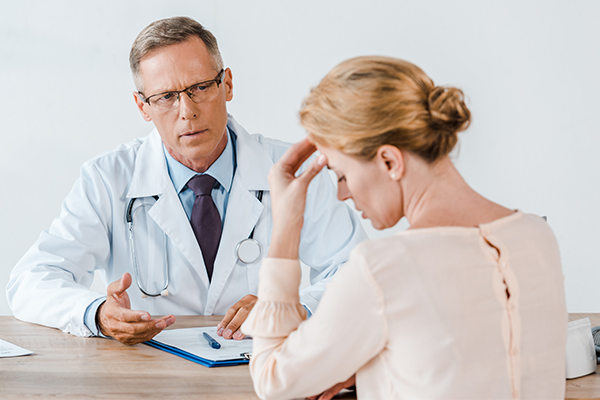 when to consult a doctor regarding HS lesions?