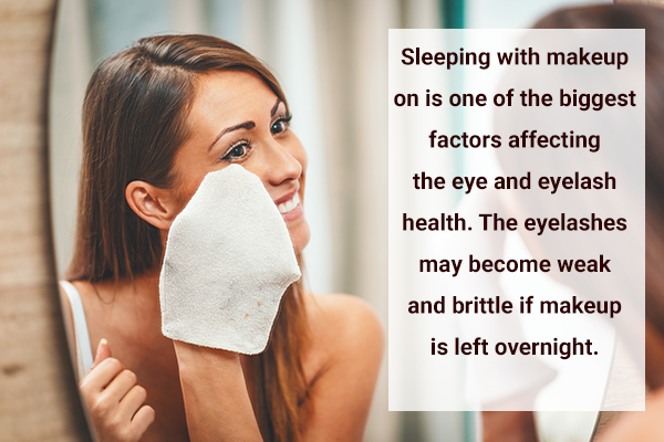 clean your eye makeup before bedtime
