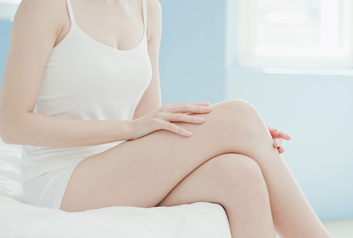lighten dark elbows and knees
