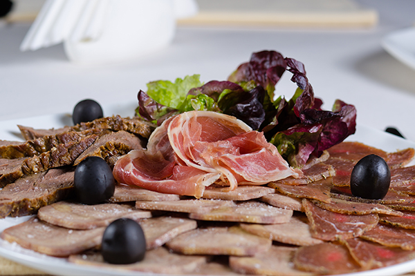 try consuming lean meat for a healthy digestive tract