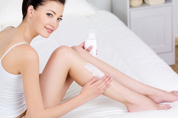 moisturizing after applying witch hazel is recommended